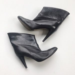 Botkier Shoes - Botkler Textured Ankle Cuff Heeled Booties Black
